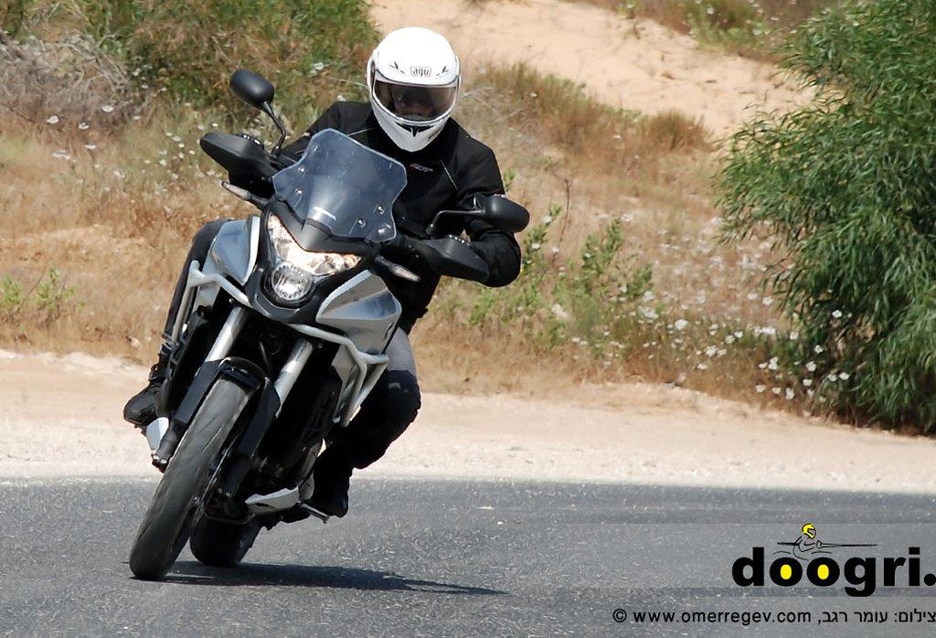 מקטנוע לאופנוע – הונדה קרוסטורר