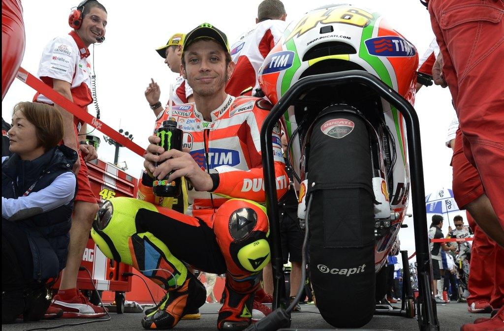 רוסי: קשה להישאר ער כשצופים ב-MotoGP