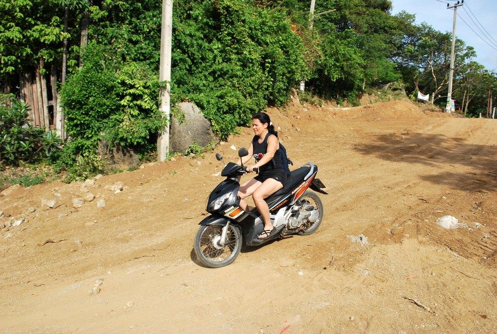 """דו""""גלויה מחו""""ל: קפיצה קטנה לתאילנד"""