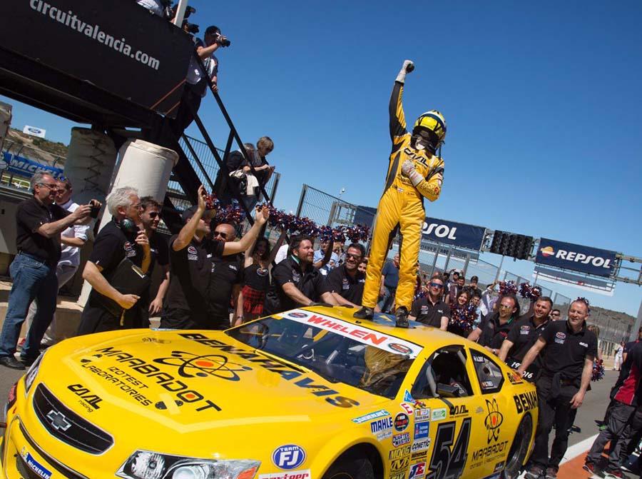 אלון דאי לאקדמית NASCAR
