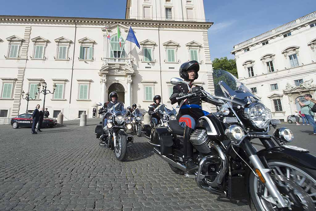 מוטו גוצי קליפורניה 1400 'תורינג' – למשמר הנשיאותי האיטלקי