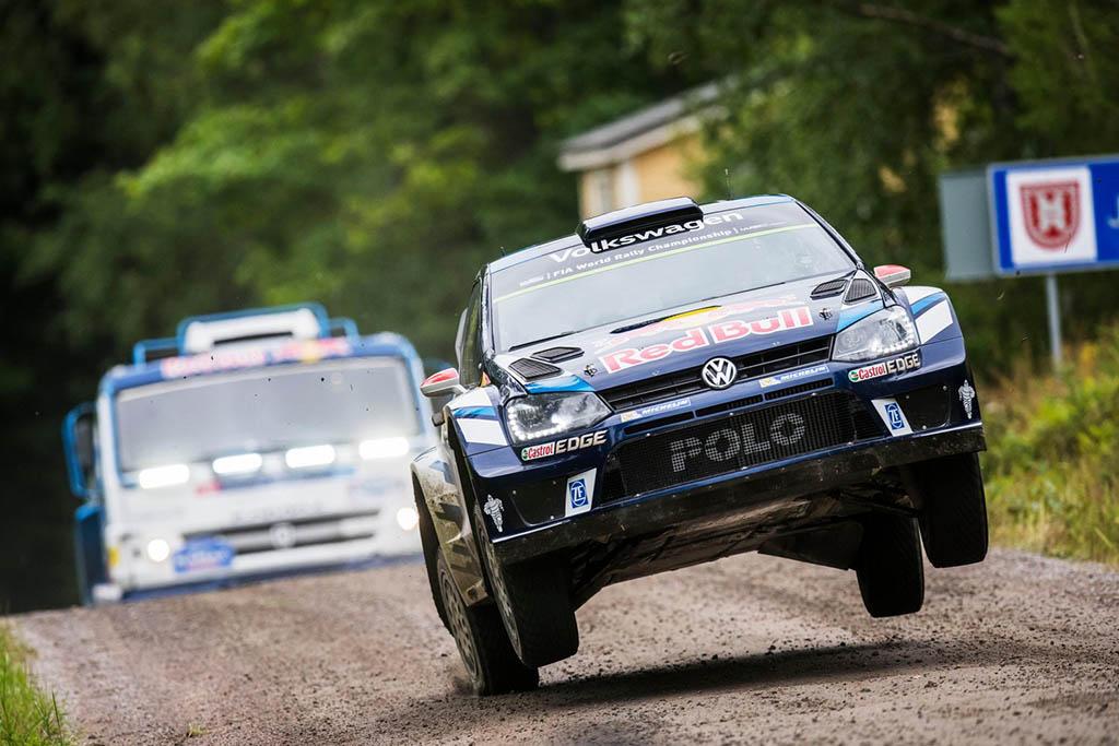 ראש בראש- KAMAZ VS VW POLO R WRC