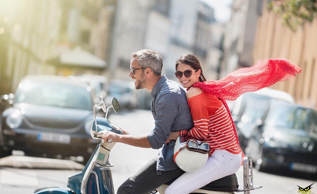 אז מה אתם חושבים, דייט ראשון עם אופנוע הולך?