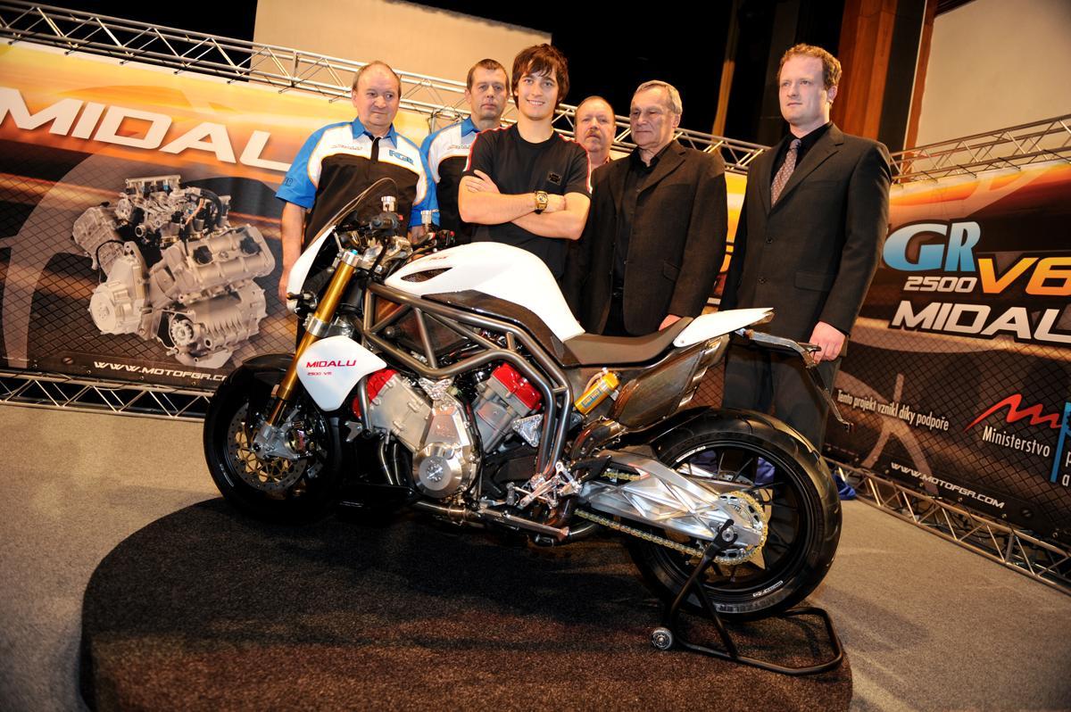 אופנוע-על מ…צ'כיה: מידאלו V6