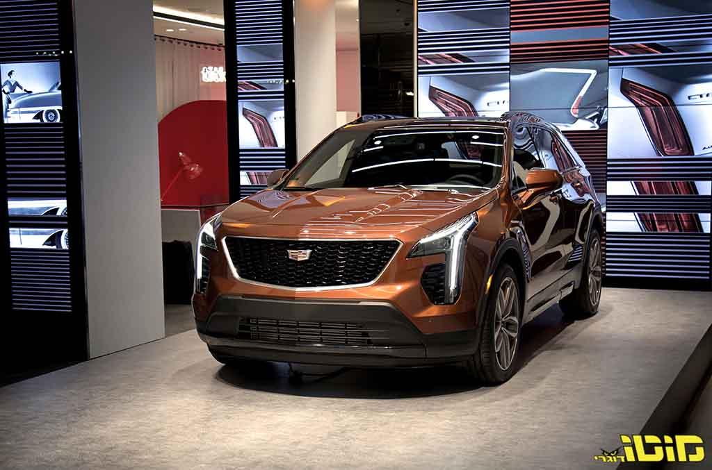 קאדילק מציגה פרימיום SUV חדש