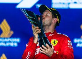 סינגפור F1 מרוץ: שובו של בייבי שומי
