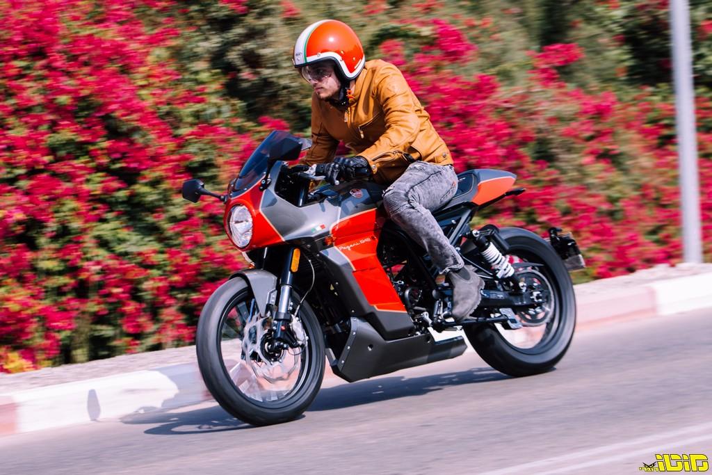 מונדיאל פגאני 300 במבחן דרכים