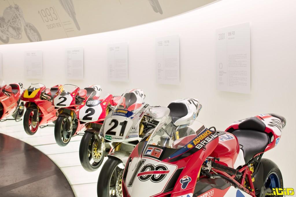 צאו לסיור במוזיאוני דוקאטי, BMW והארלי דוידסון – בזמן הבידוד