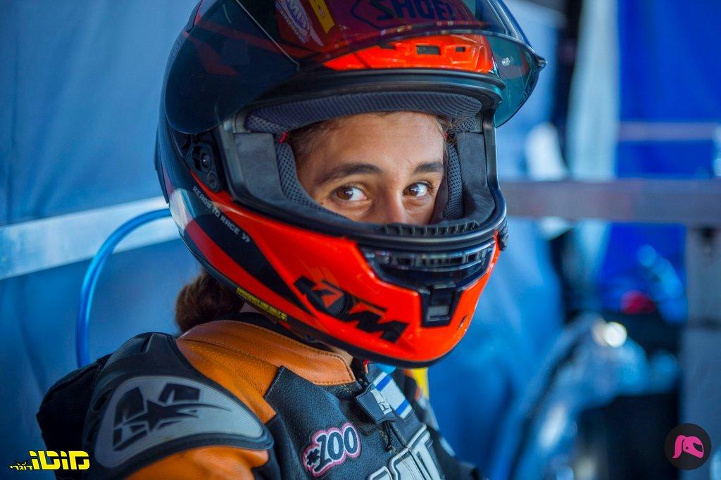 מוטו פוגש   רן יוחאי #100 – רוכבת בעולם