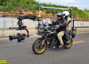 האופנוע, המצלמה וה'שקט מצלמים'